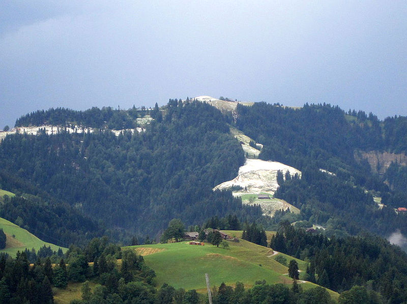 20150722 01 Hail Layer Menzberg LU Christof Bucher.jpg