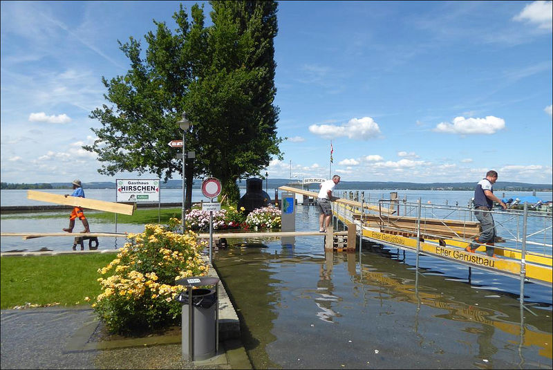 Datei:20160620 01 Flood Bodensee Berlingen.JPG