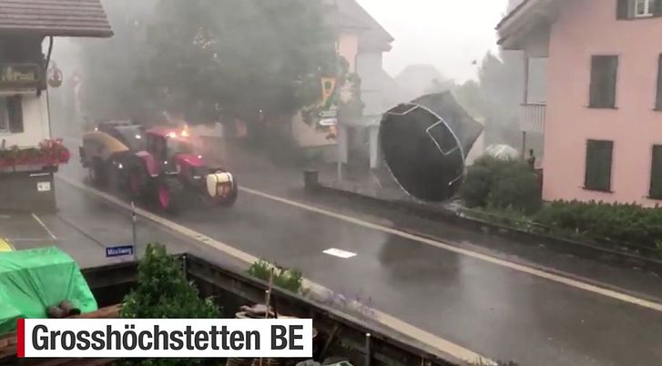 20170801 03 Downburst Riggisberg BE grosshöch.jpg